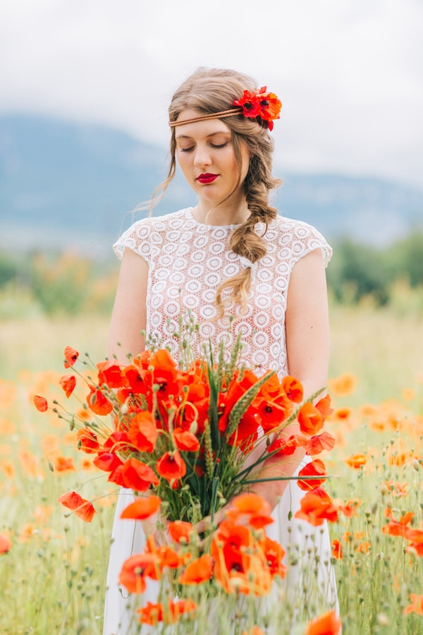 morgane02-robe-mariage-bouquet-coquelicot
