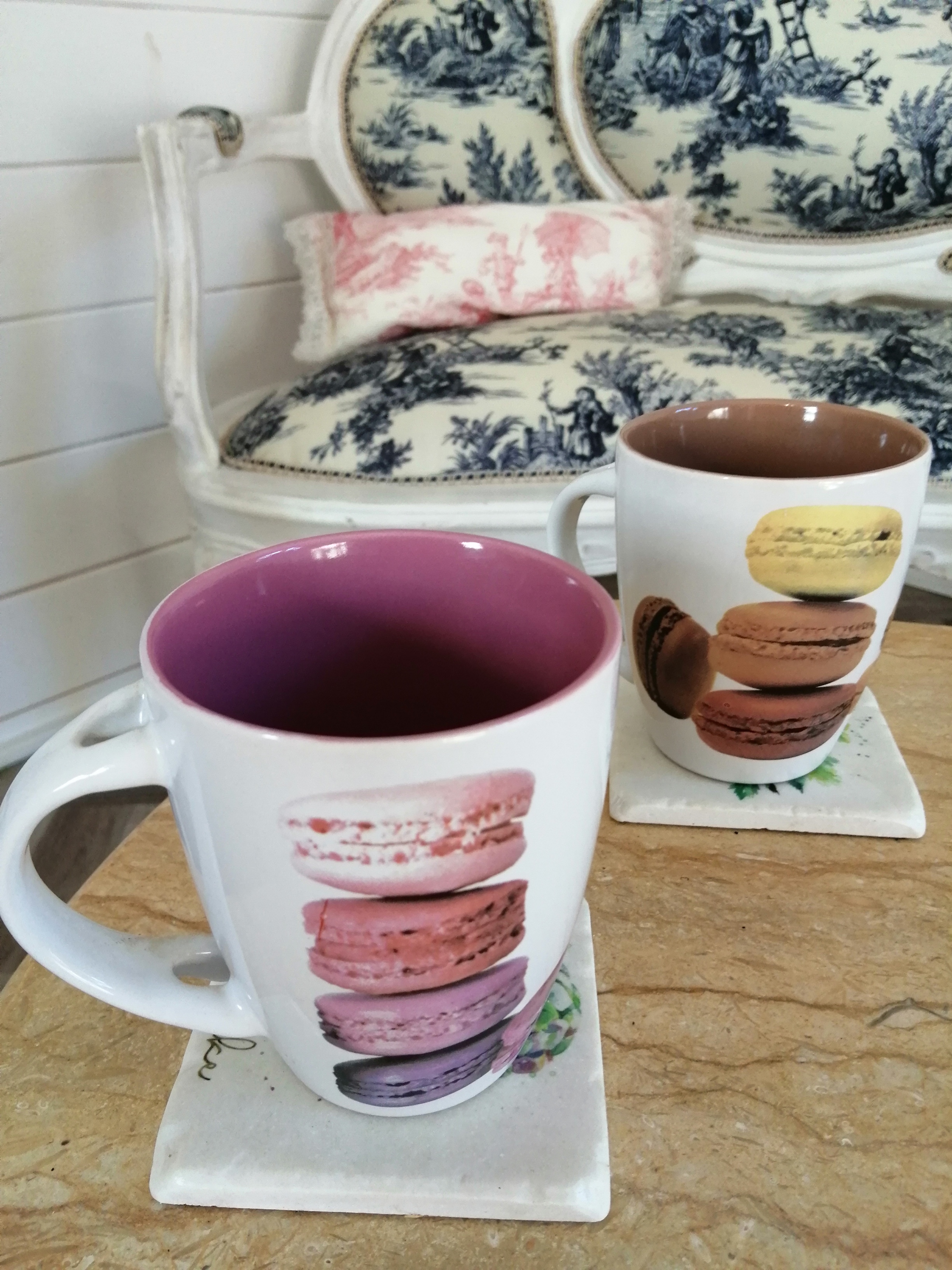 lot de 2 tasses mugs à vendre brocanterie Souriez rose