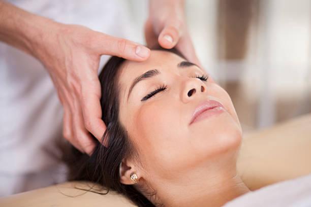 massage cranien-visage relaxant journée Natu'rose Souriez rose naturopathie