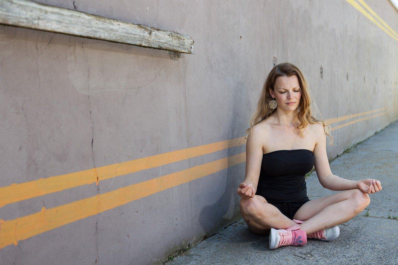 Souriez rose naturopathie méditation de pleine conscience activités Natu'roses Egreville